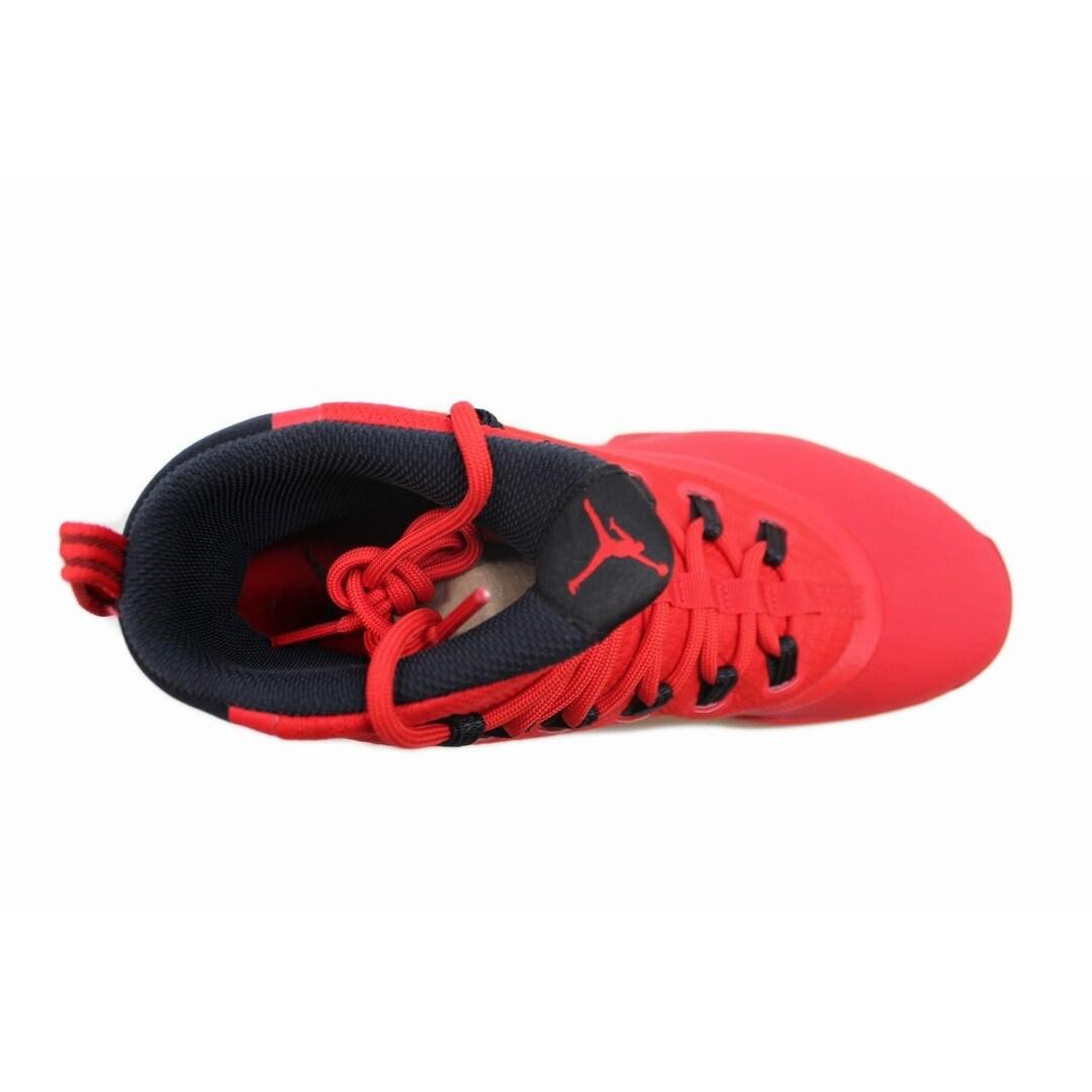 03d5093a9472 Shop Nike Men s Air Jordan Ultra Fly 2 TB University Red Metallic Silver  921211-606 - Free Shipping Today - Overstock - 20131446