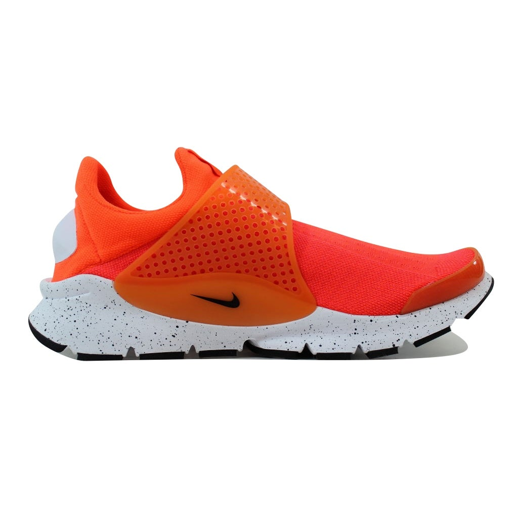 newest collection 378c3 bdb32 Shop Nike Men s Sock Dart SE Total Crimson Black-White 833124-800 - Free  Shipping Today - Overstock - 21141779