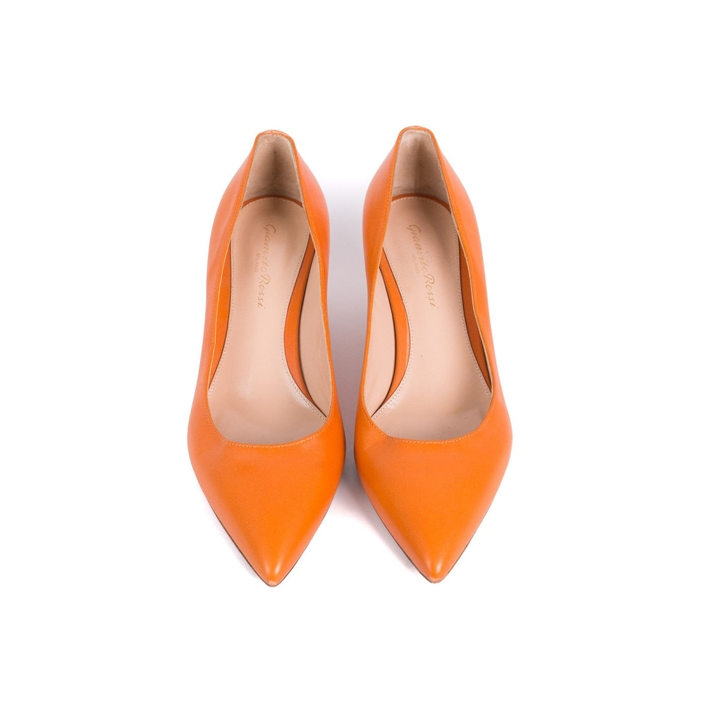 82f65b7fb65a5 Shop Gianvito Rossi Orange Leather Pointed Toe Kitten Heels Sz  IT37/US7~RTL$695 - Free Shipping Today - Overstock - 21179664