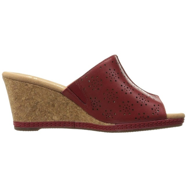 7a219b74f16 Shop Clarks Women s Helio Corridor Wedge Sandal - Free Shipping Today -  Overstock - 16998070