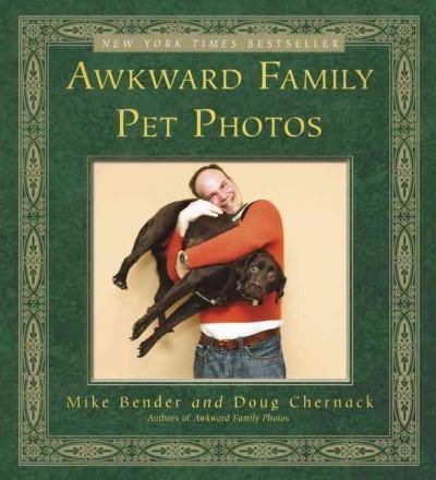 Awkward Family Pet Photos (Paperback)