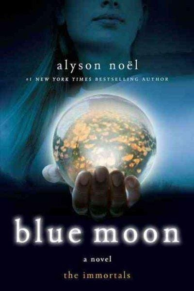 Blue Moon (Paperback)