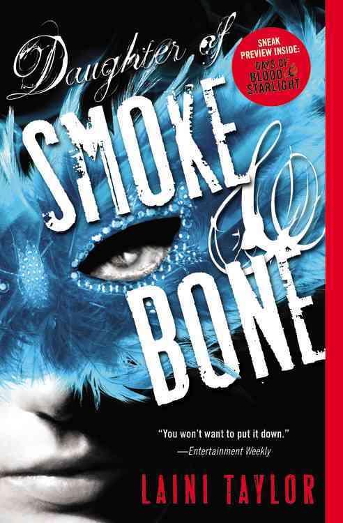 Daughter of Smoke & Bone (Paperback)