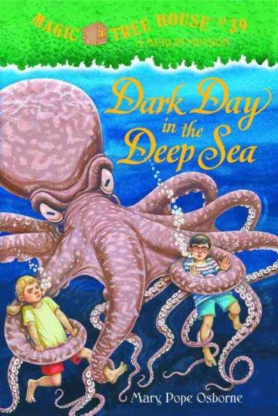 Dark Day in the Deep Sea (Hardcover)