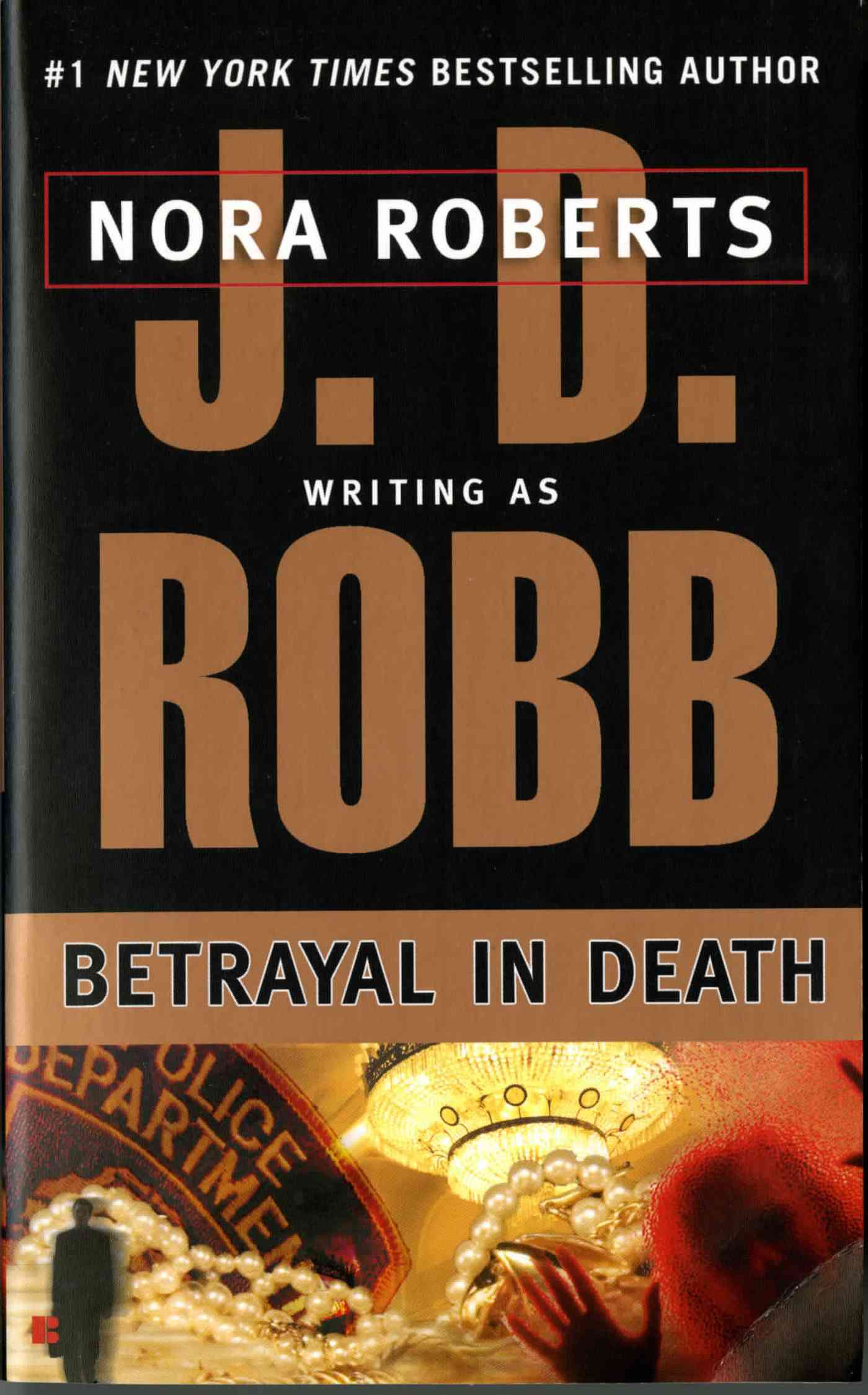 Betrayal in Death (Paperback)