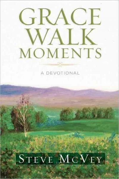 Grace Walk Moments: A Devotional (Hardcover)