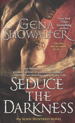 Seduce the Darkness (Paperback)