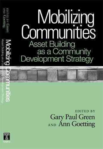 Mobilizing Communities: Asset Building As a Community Development Strategy (Paperback)