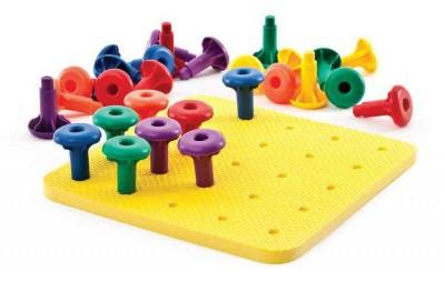 Thinking Kids Math: 30 Easy-Grip Pegs & 1 Peg Board (Game)
