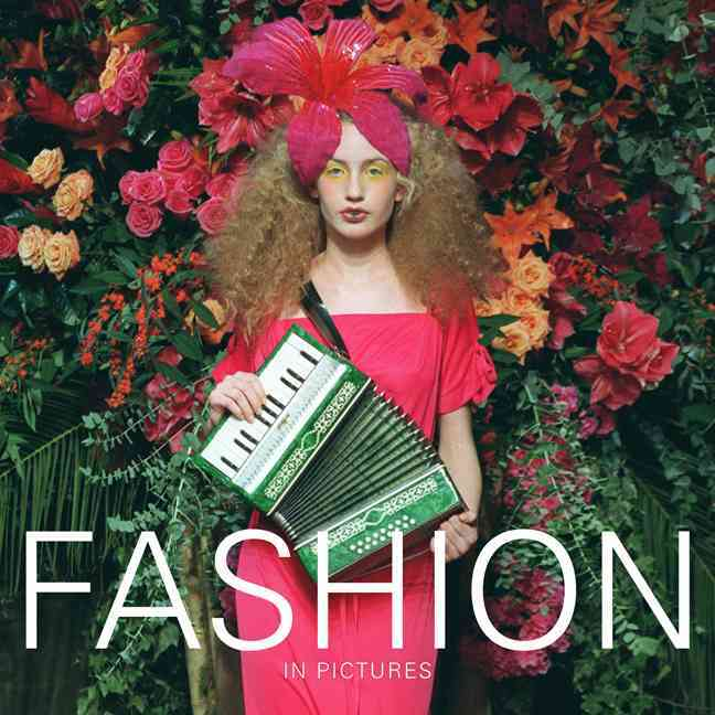 Fashion: In Pictures (Paperback)