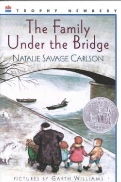 The Family Under the Bridge (Paperback)