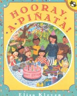 Hooray, a Pinata (Paperback)