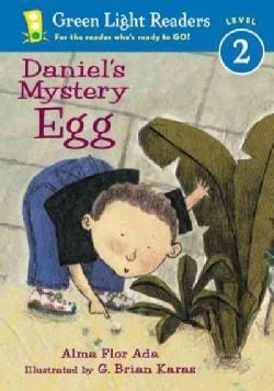 Daniel's Mystery Egg (Paperback)