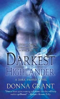 Darkest Highlander (Paperback)