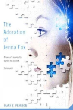 The Adoration of Jenna Fox (Paperback)