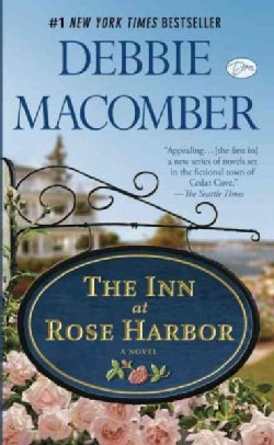 The Inn at Rose Harbor (Paperback)