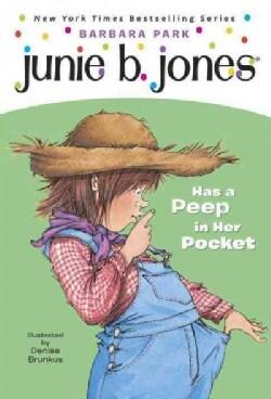 Junie B. Jones Has a Peep in Her Pocket (Paperback)