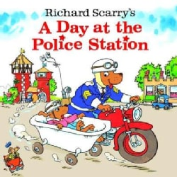 A Day at the Police Station (Paperback)
