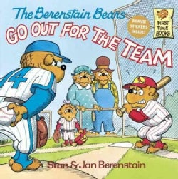 The Berenstain Bears Go Out for the Team (Paperback)