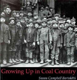 Growing Up in Coal Country (Paperback)