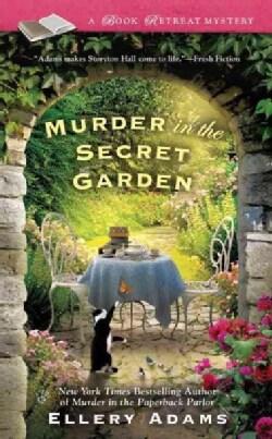 Murder in the Secret Garden (Paperback)