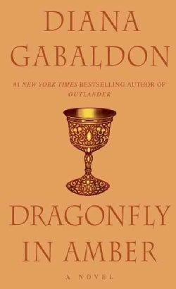 Dragonfly in Amber (Paperback)