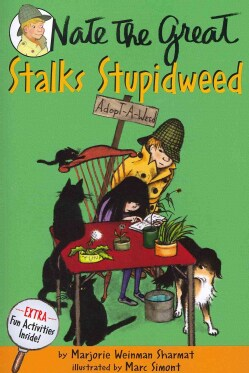 Nate the Great Stalks Stupidweed (Paperback)