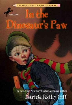 In the Dinosaur's Paw (Paperback)
