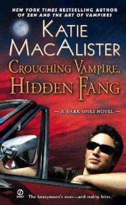 Crouching Vampire, Hidden Fang (Paperback)