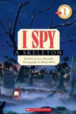 I Spy a Skeleton (Paperback)