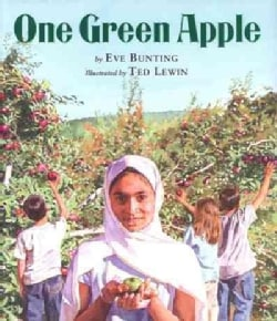 One Green Apple (Hardcover)