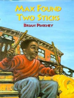 Max Found Two Sticks (Paperback)