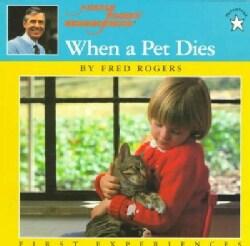 When a Pet Dies (Paperback)