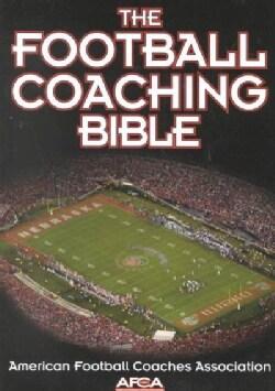 The Football Coaching Bible (Paperback)