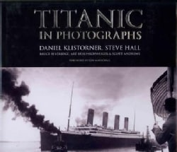 Titanic in Photographs (Hardcover)