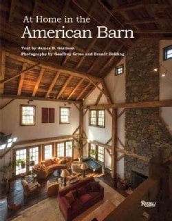 At Home in the American Barn (Hardcover)