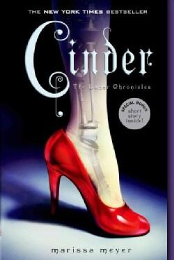 Cinder (Paperback)