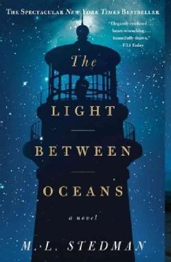 The Light Between Oceans (Paperback)