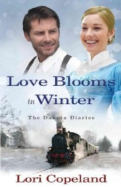 Love Blooms in Winter (Paperback)