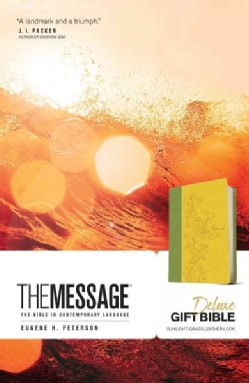 Holy Bible: The Message: the Bible in Contemporary Language (Paperback)