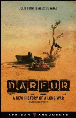 Darfur: A New History of a Long War (Paperback)