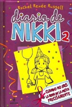 Cuando no eres la Reina de la Fiesta Precisamente / Tales from a Not-So-Popular Party Girl (Hardcover)