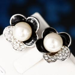 Vienna Jewelry 18K White Gold Floral Petal Stud Earrings with Onyx Covering Made with Swarovksi Elements - Thumbnail 0