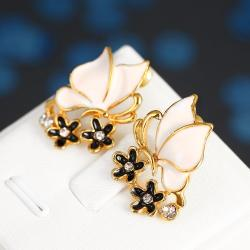 Vienna Jewelry 18K Gold Ivory Wings Stud Earrings Made with Swarovksi Elements - Thumbnail 0