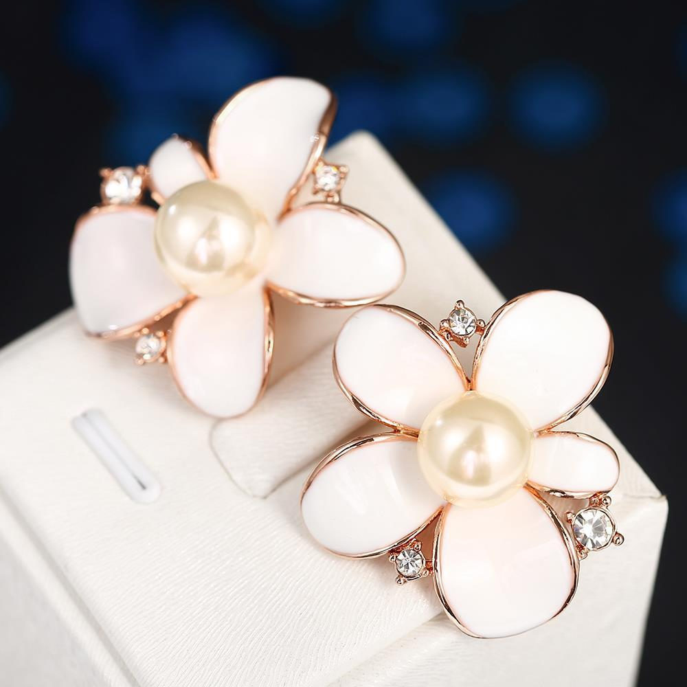 Vienna Jewelry 18K Rose Gold Ivory Floral Petal with Pearl Centerpiece Made with Swarovksi Elements