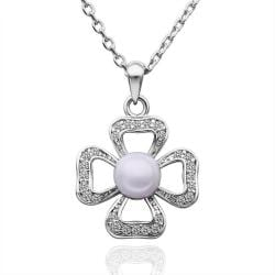 Vienna Jewelry White Gold Plated Laser Cut Clover Shaped with Pearl Insert Necklace - Thumbnail 0