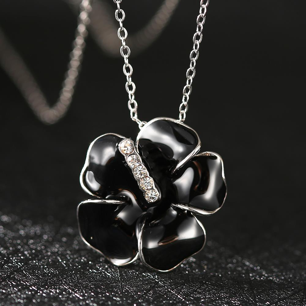 Vienna Jewelry White Gold Plated Onyx Floral Petal with Crystal Lining Necklace