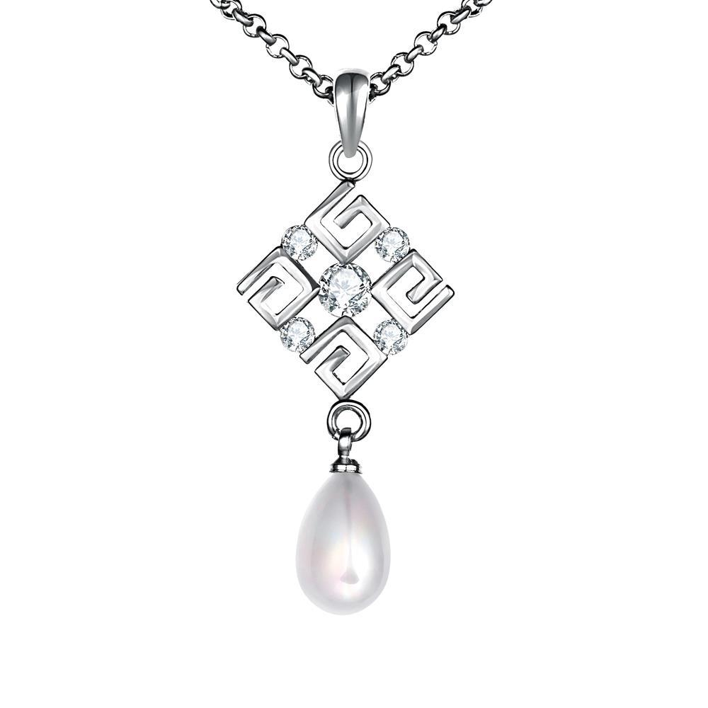 Vienna Jewelry White Gold Plated Diamond Shaped Cultured Pearl Necklace