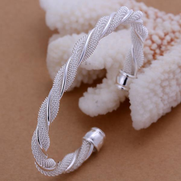 Sterling Silver Intertwined Mesh Bangle