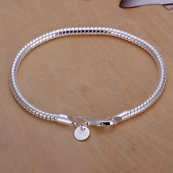 Vienna Jewelry Sterling Silver Petite Sleek Bracelet